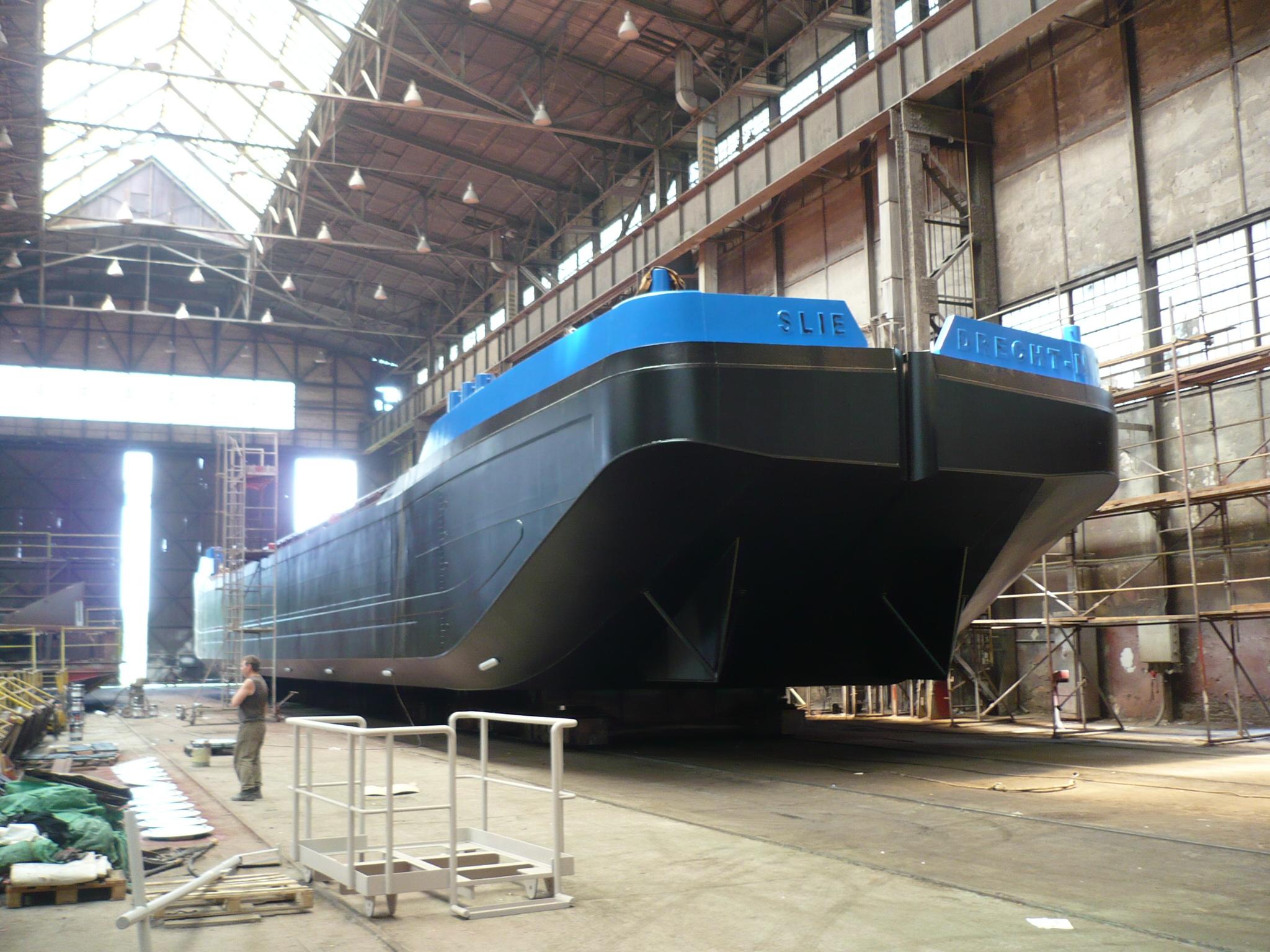 Split hopper barge 600_2_P1050573