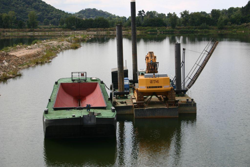 Split hopper barge 160 m3